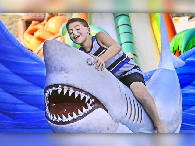 Residents enjoy Santa Clarita's Summer Bash Friday
