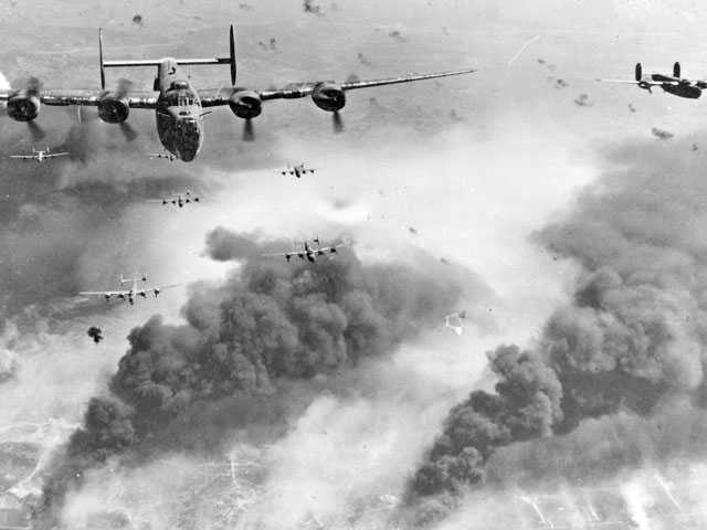 446th Bombardier Group on a bombing run over Germany. Courtesy photo.