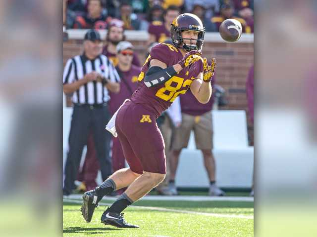 SCV products feeling at home throughout NCAA football