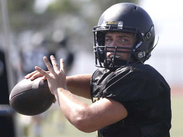 2016 football training camp series: Golden Valley High