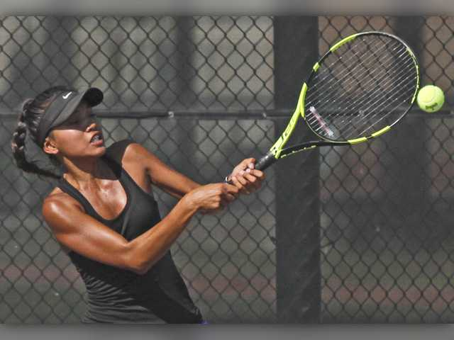 Valencia girls tennis falls to Troy High in first match of season