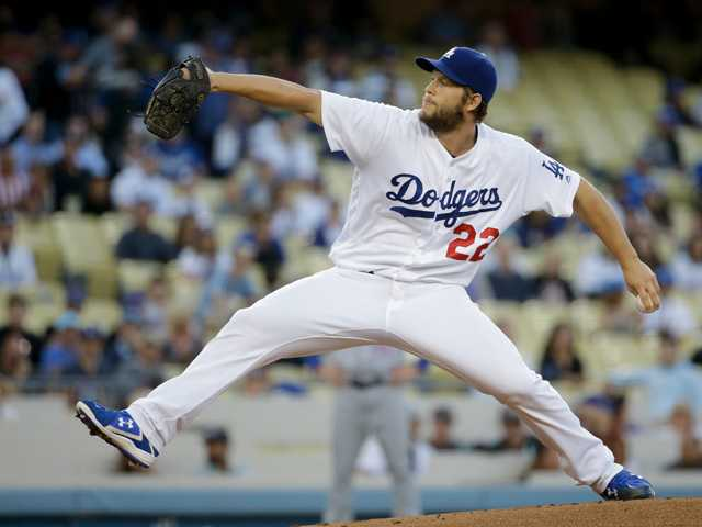 Kershaw moves closer to return after solid sim game in LA