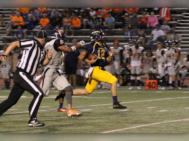 Tim-White-like performance lifts COC football to win