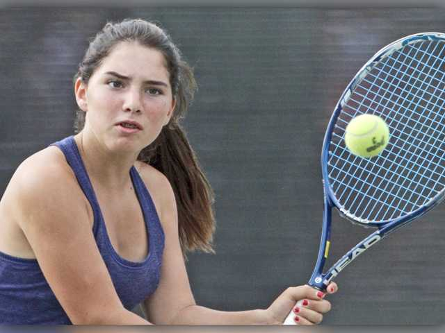 Foothill girls tennis roundup: West Ranch stays, plays in the moment