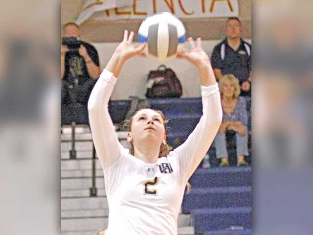 Foothill volleyball roundup: West Ranch sets early tone for season