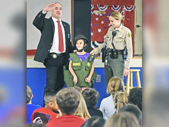 Sheriff's Department educates students on importance of being a 'good citizen'