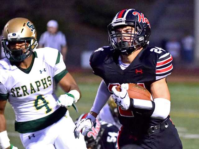 Hart football hindered by mistakes