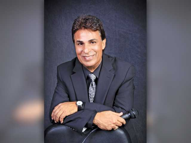 Santa Clarita resident Joe Carnelli, will entertain the guests at the 27th celebration of the SCAA 'Art Classic Gala' on Saturday, October 15, at William S. Hart Park in Newhall. Courtesy photo