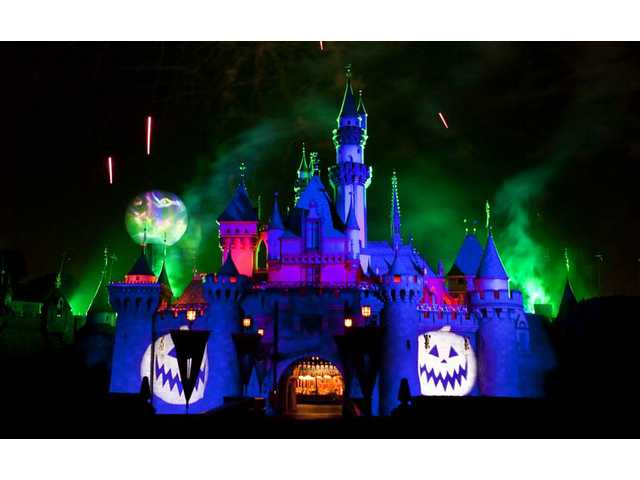 "New this year to Halloween Time at Disneyland is ""Halloween Screams - A Villainous Surprise in the Skies."" The new fireworks spectacular haunts the nighttime sky throughout the Halloween season."