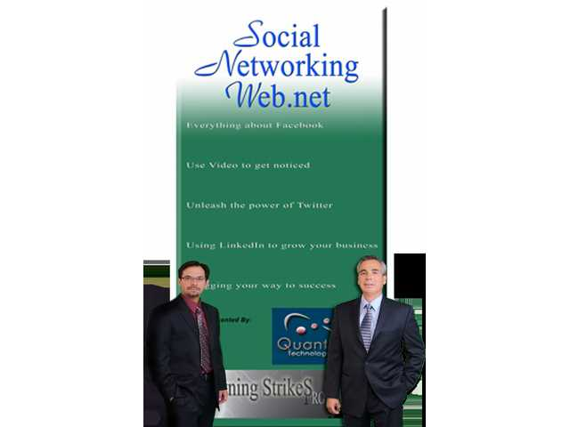 Chris Handley (left) and Bob Ramirez host a social networking seminar Saturday.