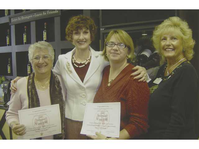 Lil Lepore, Colleen Shaffer, Shari Fraizer and Judy Penman at the Circle of Hope wine event at Vino 100 in Valencia.