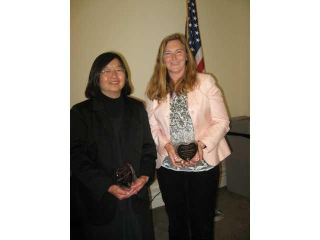 Ami Gonzalez (right)from Golden Valley High School and Deanna Hanashiro (left)from Hart High received Outstanding Parent Volunteer awards.