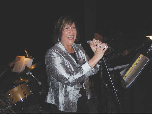 Helen LaPrairie and band performed during the Sept. 20 art and wine gala at the Tournament Players Club.