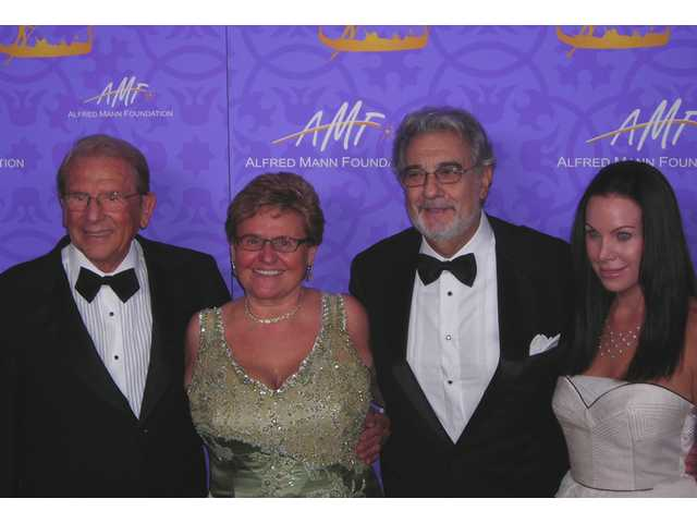 Alfred and Claude Mann with honoree Placido Domingo and daughter Cassandra Mann at the annual Alfred Mann Foundation gala held in Los Angeles.