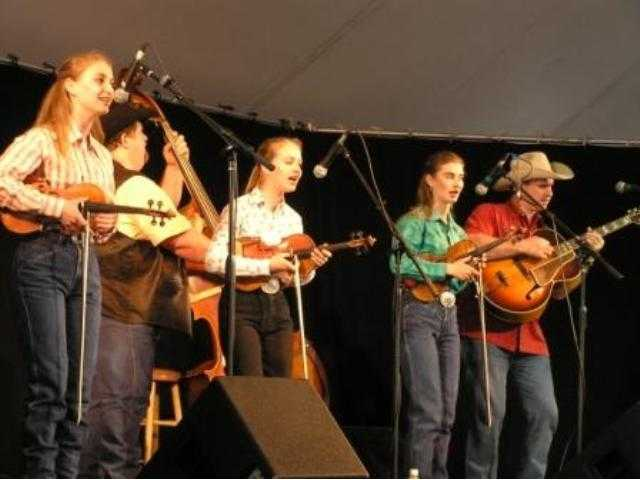 The Quebe Sisters Band from Burleson, Texas, on the Main Stage at Melody Ranch during the Santa Clarita Cowboy Festival, April 29, 2006, in their first public performance in Southern California. From left: Sophia Quebe; Mark Abbott; Hulda and Grace Quebe; and Joey McKenzie.