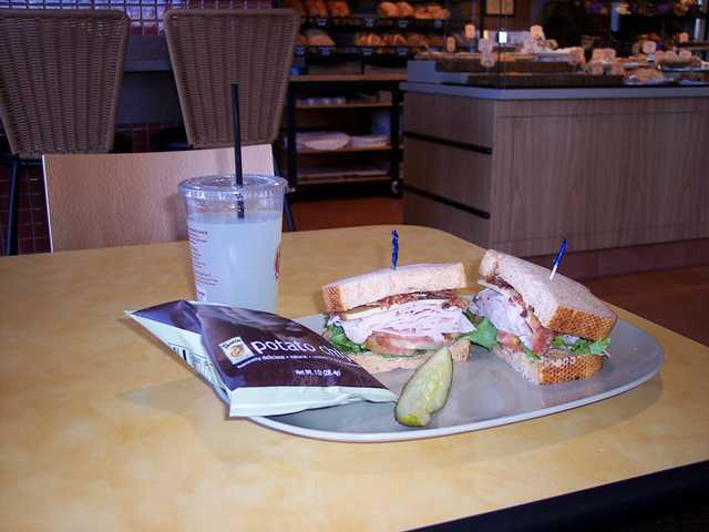 Panera Bread opens second Santa Clarita Valley location