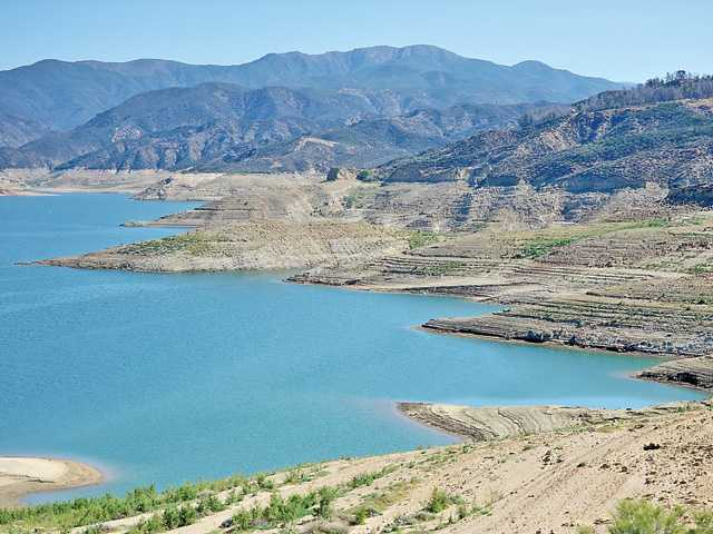 <p><span>The demand for water by Santa Clarita Valley residents is expected to climb through the summer — as it does every year — to a maximum demand in August, according to water use statistics for 2014 and 2013.</span></p>