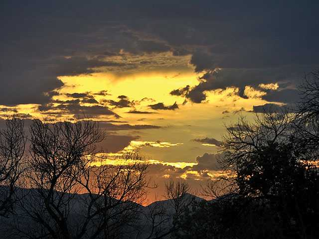 <p>Clouds and muggy conditions made for beautiful sunsets in the Santa Clarita Valley this week. Signal photographer Katharine Lotze captured this image from Iron Horse Trailhead.</p>