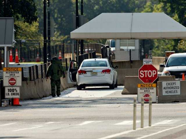 White House intruder identified as Army veteran