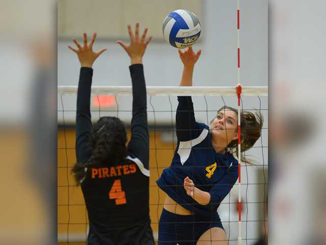 <p>Cougars come from behind to beat Grossmont</p>