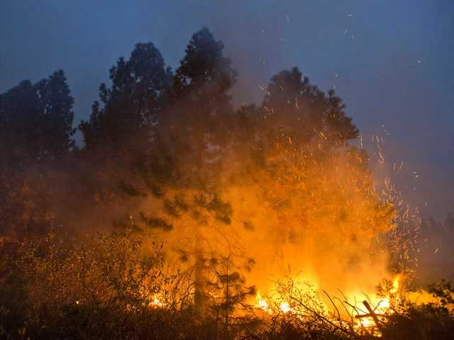 Record amount of retardant used on Calif. fire