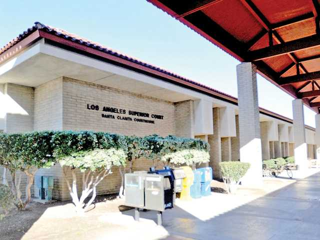 <p>Trial continued Friday in the Santa Cllarita Courthouse in the misdemeanor case of a Castaic Elementary School teacher accused of inappropriately touching four 10-year-old girls.</p>