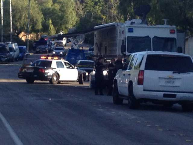 UPDATE: LAPD, SCV Sheriff's deputies investigating officer involved shooting