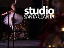 Studio Santa Clarita: Festival of Trees, Color Run