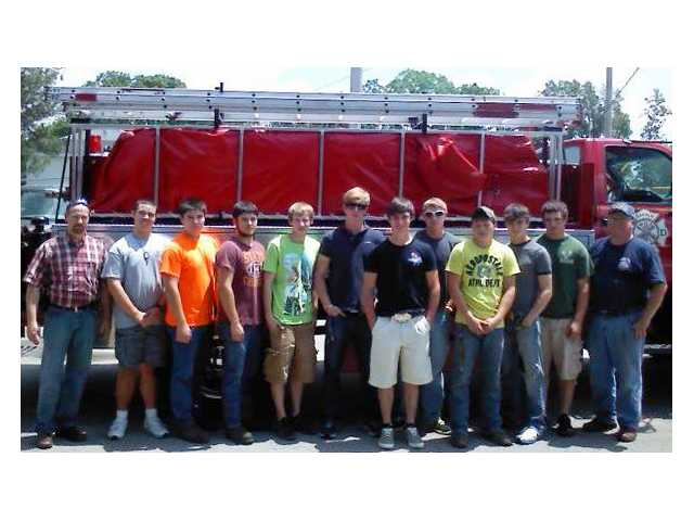 DCHS General Metals class assists fire department with tanker project