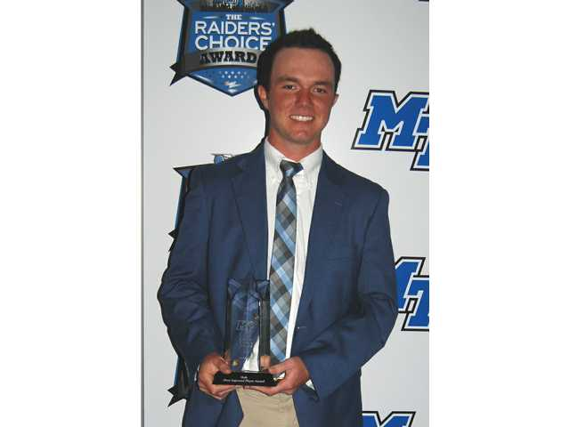 Local golfer honored on Blue Carpet