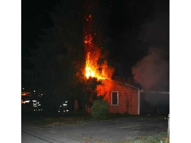 Fire damages vacant house