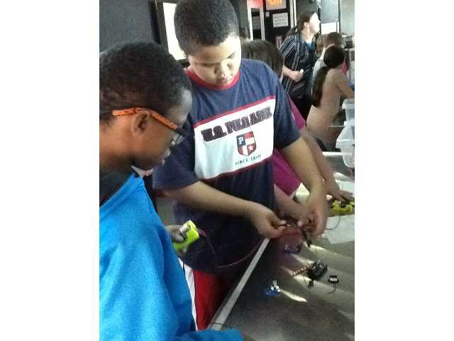 STEMmobile visits DWS