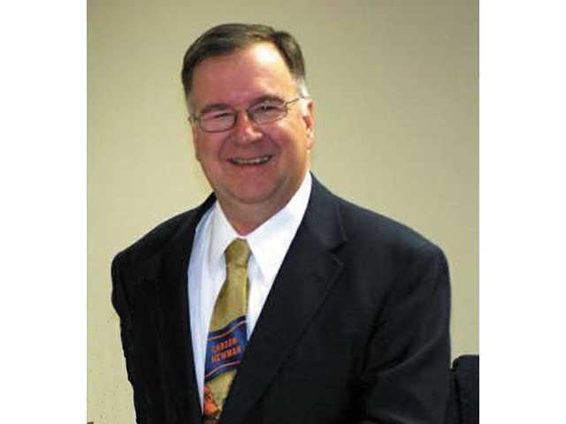 School board begins director's evaluation