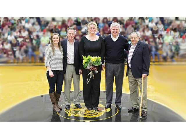 Former DCHS Basketball stars honored