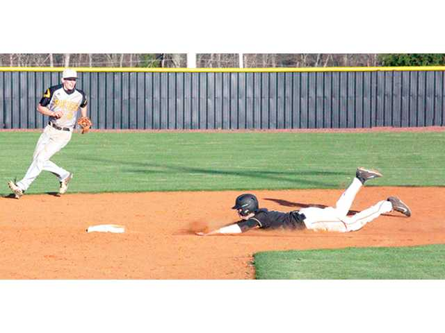 Bees sting Tigers