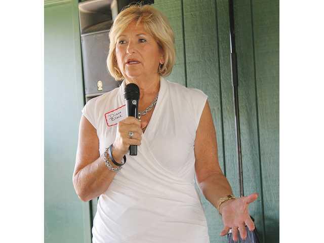 Diane Black Visits DeKalb County