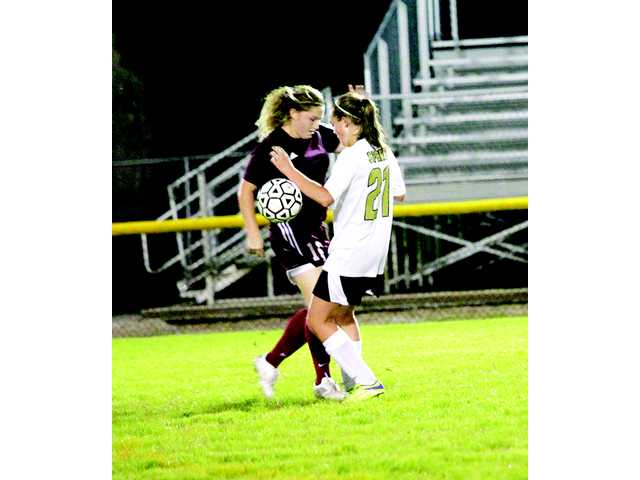Lady Tigers hand Lionettes a whooping