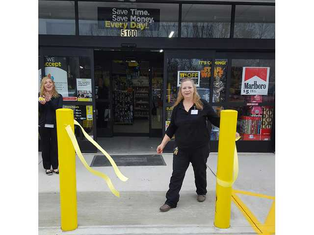 Dollar General opens new store