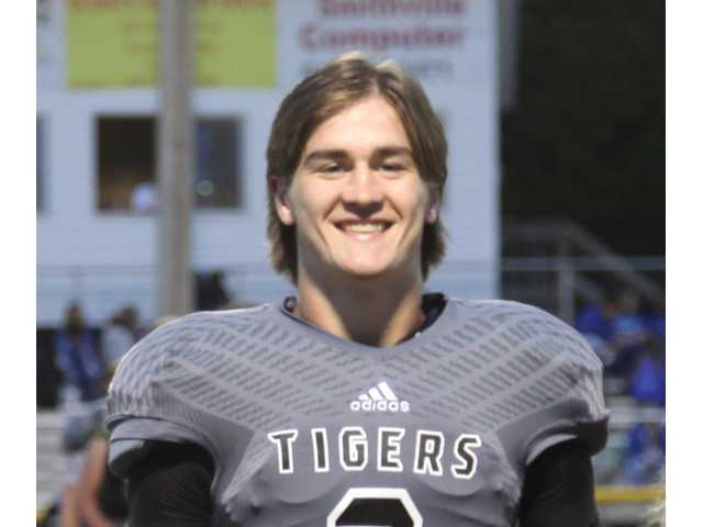 Jennings named to All-State football team