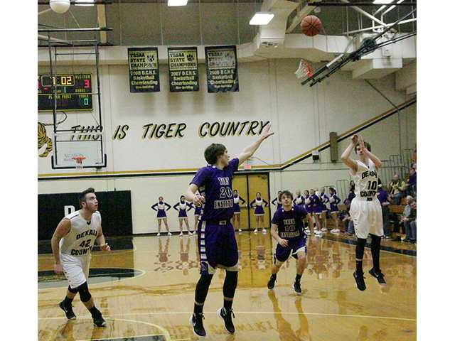 Wildcats, Dragons rout Tigers