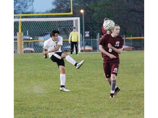 DCHS soccer defeats Warriors