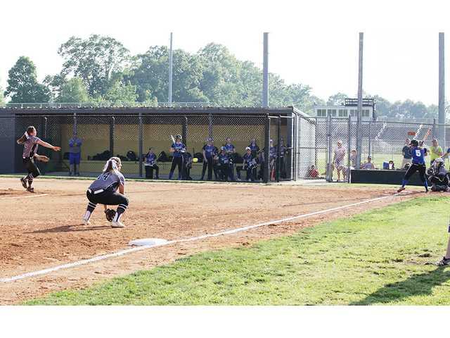 Tigerettes take district crown