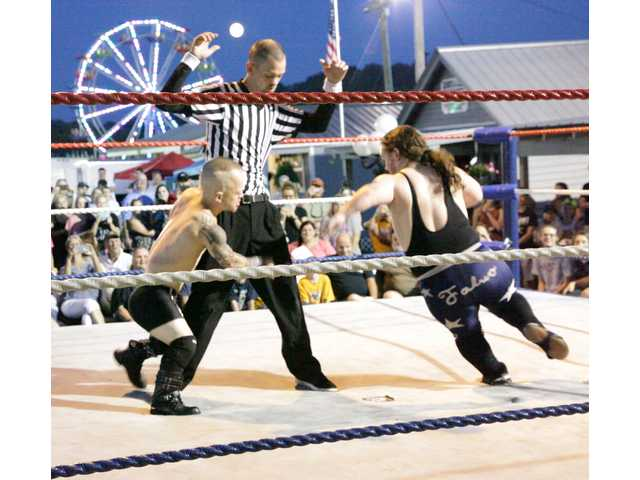 Wrestling comes to the fair