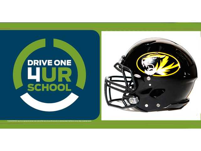 Test drive a Ford, raise money for DCHS football