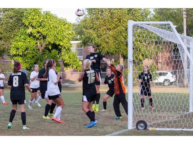 Lady Tigers' season ends with loss to Central Magnet