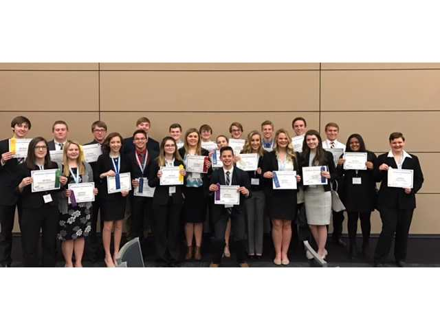 DCHS FBLA racks up at Regionals