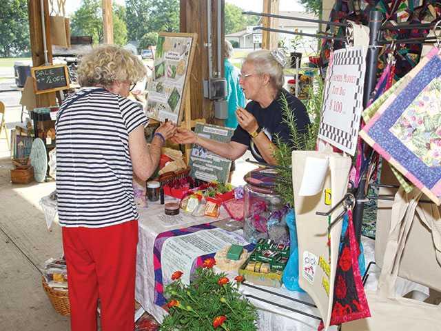 Top reasons to shop farmer's market
