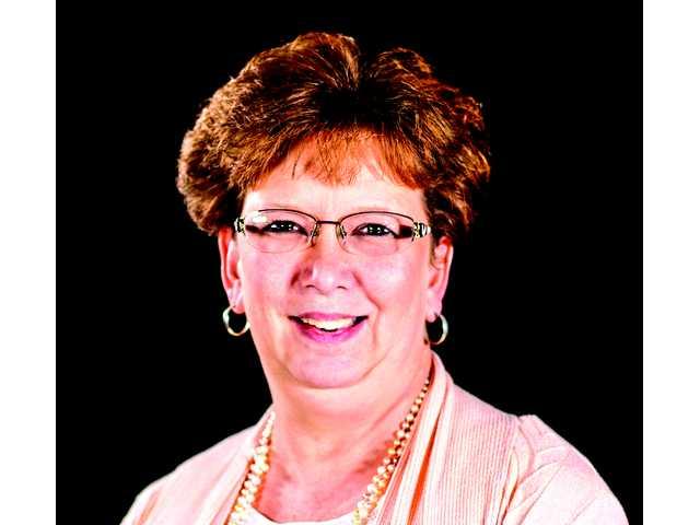 Motlow's Rhonda Cotham earns award
