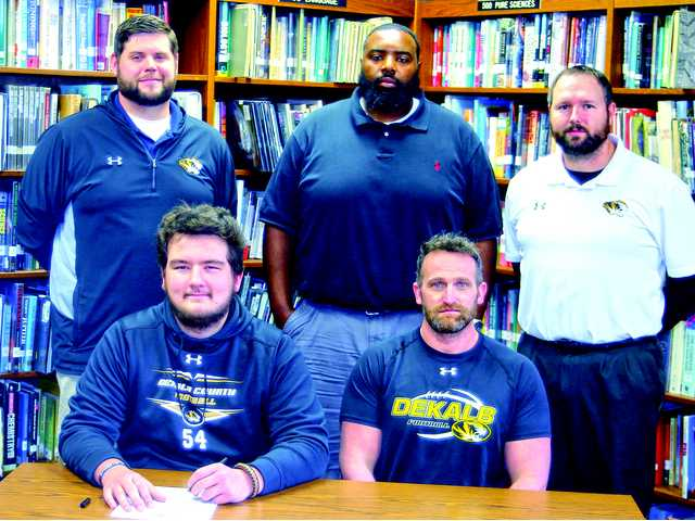 Delape signs with Lindsey Wilson