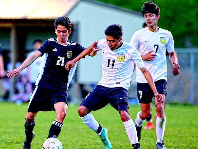 Soccer team takes down Upperman